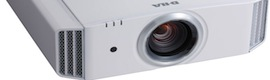 DLA-F110, the new professional projector JVC improves the 3D experience