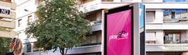 playthe.net provide its new double-sided totems 80 inches to the city of Palencia