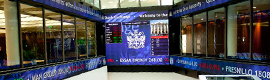 La Bolsa de Londres saca partido a la mayor pantalla de Christie MicroTiles