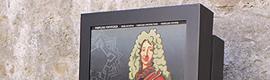El Ayuntamiento de Pamplona instala tres nuevos tótems interactivos en las murallas de la ciudad