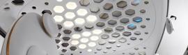 BASF y Philips desarrollan el primer techo de coche transparente usando tecnología OLED