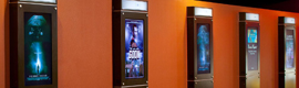 Rave Cinemas pone en marcha una red de digital signage con Neocast de Real Digital Media