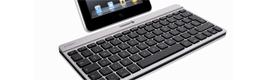 Cherry presenta en CeBIT 2012 su teclado Bluetooth extraplano y ligero para iPad e iPad2