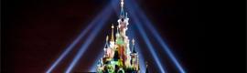 Disneyland París celebra su 20 aniversario con una explosión de luz y color