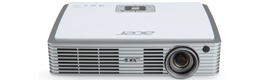 Acer K330, first 3D LED projector with 500 lumens lamp