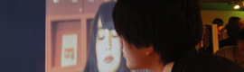 Desarrollan un cartel interactivo que reacciona a los besos