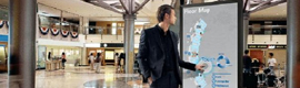 Digital displays to win the game offline media in airports and shopping centers