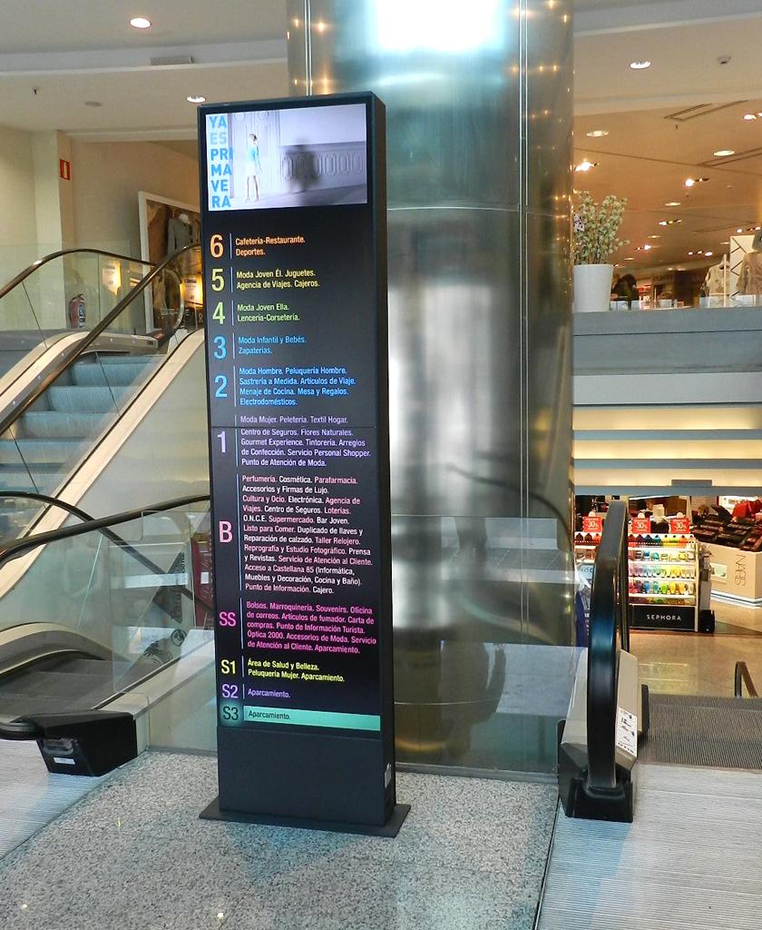 El Corte Ingles installiert digital Signage-Geräte zur ...