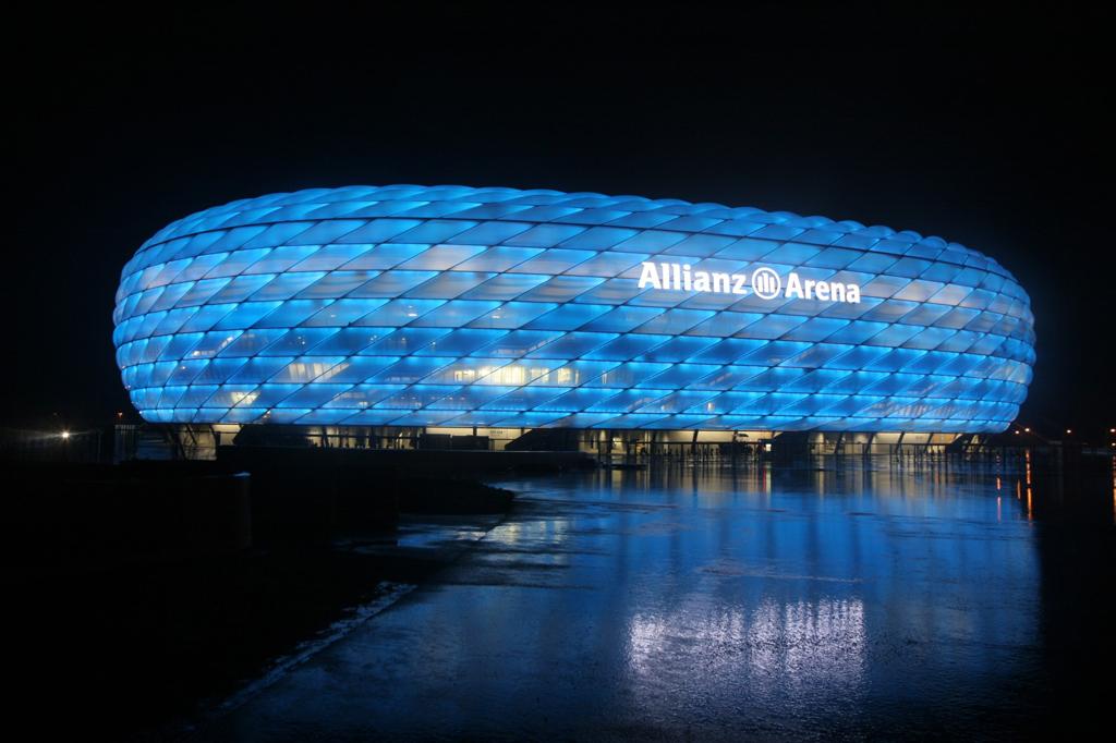 ミュンヘンのアリアンツ アレーナはシーメンス技術とスポーツの経験を