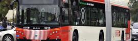 Barcelona contará con pantallas de información interactivas en la nueva red de autobuses urbanos