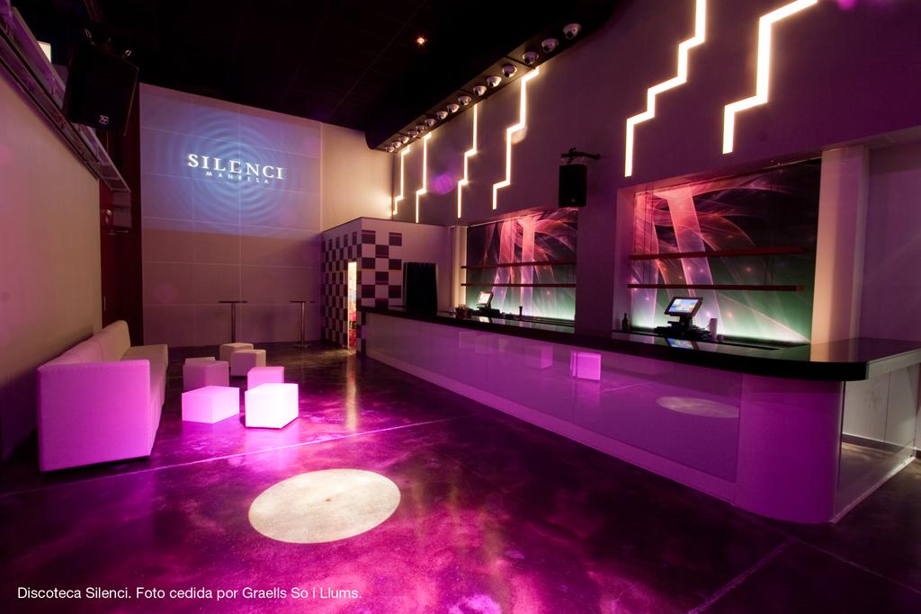 Earpro ofrece la tecnolog a m s novedosa en iluminaci n led - Iluminacion de bares ...