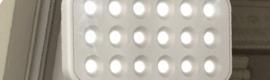 Nuevas posibilidades de iluminación con el proyector 630 DOT de Simon