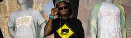 Lil Wayne presenta su nueva marca de streetwear con un mapping 3D en maniquíes