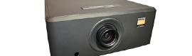Digital Projection lanza el nuevo proyector DLP de 3 chips HIGHlite 330-3D para grandes pantallas