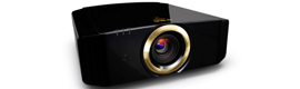 significant improvements in new and expanded range of projectors JVC