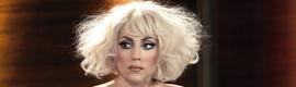Lo último de Lady Gaga: una peluca de fibra óptica luminosa