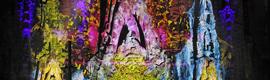 La Sagrada Familia se llena de luz y color para conmemorar las fiestas de La Mercè