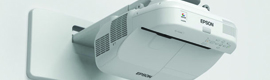 Epson brings to the market the new EB-1410Wi and EB-1400Wi interactive business projectors