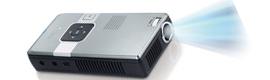 Genius anuncia el pico proyector portátil BV 200