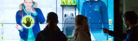 Adidas ensaya un nuevo concepto de escaparate interactivo con maniquíes virtuales