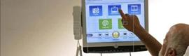 Crean una pantalla táctil para pacientes que mejora la eficacia hospitalaria