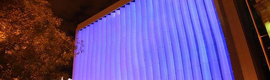 Mutua Madrileña cambia el 'look' de uno de sus edificios de Madrid con un sistema de iluminación LED azul