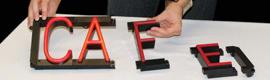 Optiva Signs lanza el sistema de señalización LED SpellBrite