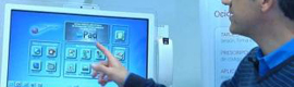 They develop a touchscreen to bring electronic medical history walk of the hospital bed
