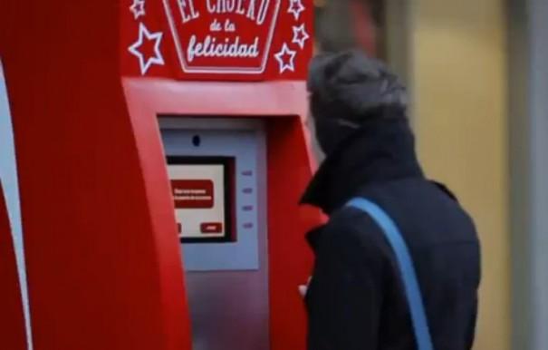 Cajero-de-la-Felicidad-Coca-Cola