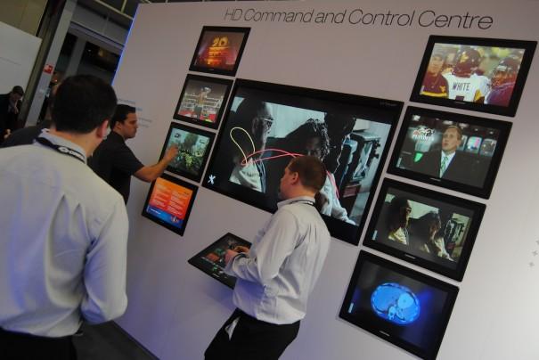 Pantalla interactiva Crestron en ISE 2013