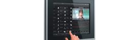 Gira lanza dos nuevos paneles para la automatización de edificios de 9″ y 19″