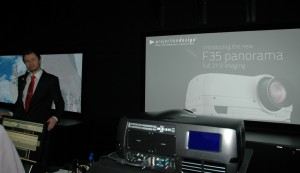 Projectiondesign f35 panorama