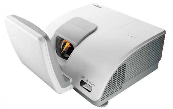 Vivitek D7180HD