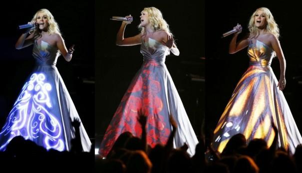 Carrie Underwood, com seu vestido de mapeamento no Grammy