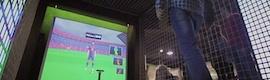 Play IT de TMTFactory convierte a los visitantes de la Megastore del Barça en jugadores virtuales
