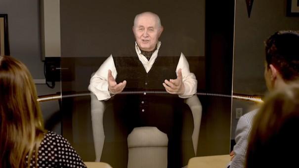 Holograma con supervivientes del holocausto (Foto: USC)
