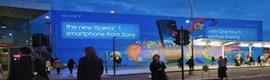 La publicidad digital exterior de gran formato provoca mayor reacción emocional en las personas