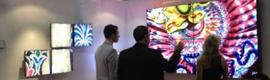 Almo Professional fusiona arte y creatividad con digital signage para mostrar sus novedades