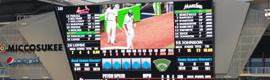 Haivision and Daktronics allow to see the games live in the 700 flat screens in Marlins Park