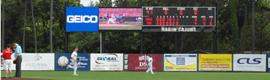 Daktronics instala una gran pantalla LED y un videomarcador en el estadio de béisbol de los Ragin Cajuns
