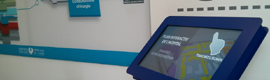 Informational touch kiosks in public assistance of Paris hospitals