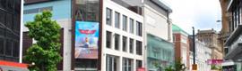 ADI instala una gran pantalla DooH en la nueva tienda Forever 21 de Liverpool