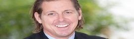 El CEO y fundador de Mobotix AG, Ralf Hinkel, cede la presidencia a Magnus Ekerot