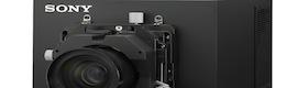 Sony muestra en IBC 2013 su proyector digital SRX-T615 para visualización y simulación 4K nativo