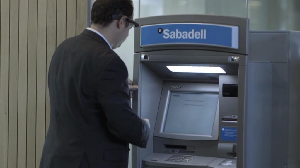 Banco de sabadell desarrolla la primera app financiera for Cajeros sabadell valencia