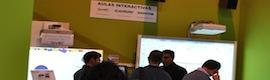 Comm Audiovisual muestra las ventajas del proyector interactivo táctil Smart LightRaise 60wi en SIMO Educación