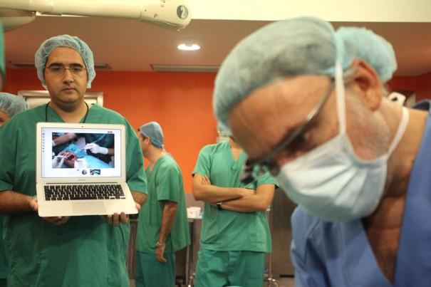 Hospital La Molina operacion Google Glass (Fran Manzanera/AGM)