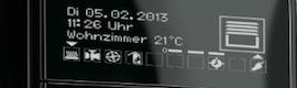 Jung amplía su serie F 40 con el controlador de estancia KNX OLED de alto rendimiento de pantalla