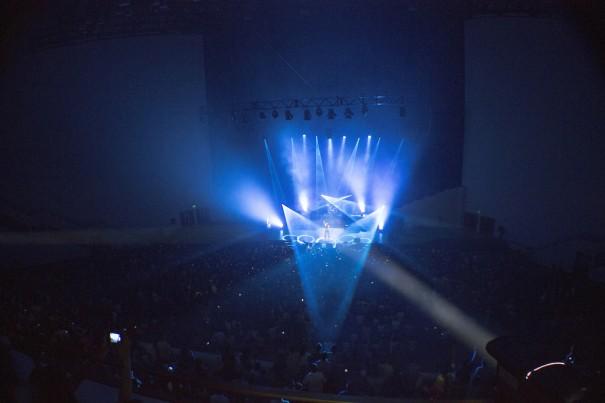 Robe ilumina la iglesia CFA
