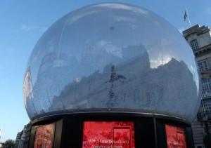 Architen Landrel Eros Snow Globe XL Video